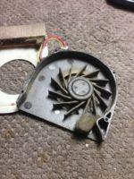 Заклинивший вентилятор из-за пыли